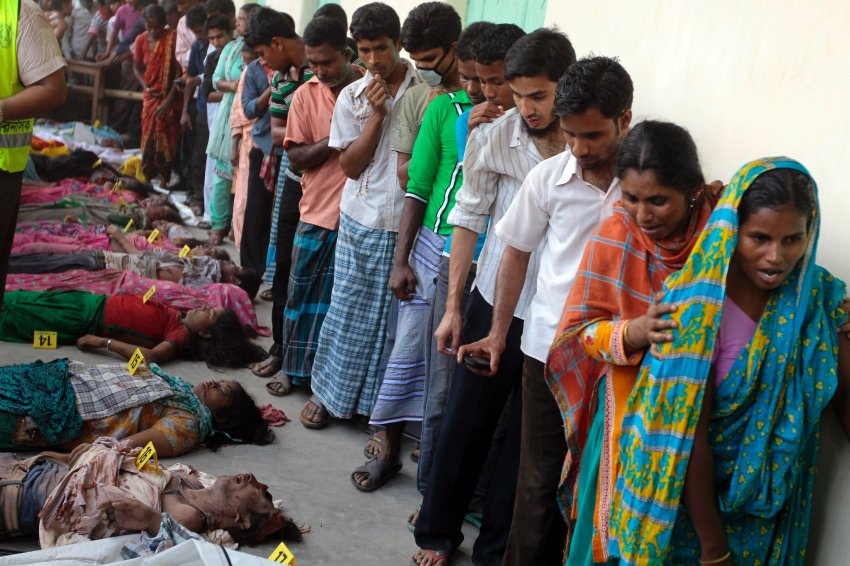 bangladesh sweatshop disaster-mourning and death